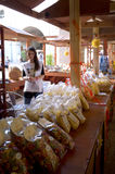 Exposición de las pastas en Italia Foto de archivo libre de regalías