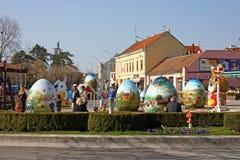Exposición de los huevos de Pascua grandes Fotografía de archivo
