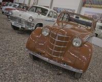Exposición de ST PETERSBURG, RUSIA el 25 de enero de 2015 - de los coches del vintage Fotos de archivo