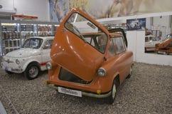 Exposición de ST PETERSBURG, RUSIA el 25 de enero de 2015 - de los coches del vintage Foto de archivo libre de regalías