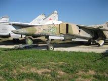 Exposición del equipo militar del vintage en la región de Kaluga en Rusia el 26 de junio de 2016 Fotografía de archivo