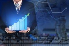 Exposición doble de la carta financiera del gráfico del crecimiento del negocio con AR Imagenes de archivo
