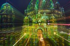 Exposición doble defocused radial de la bóveda berlinesa en el festival de luces Foto de archivo libre de regalías