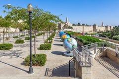 Exposición fresca de los globos en la ciudad vieja de Jerusalén Fotografía de archivo