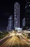 Exposición larga de la avenida del balboa de Panamá Foto de archivo