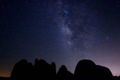 Exposición larga de la galaxia de la vía láctea Fotografía de archivo libre de regalías
