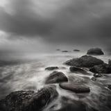 Exposición larga de la tormenta del mar Imagen de archivo libre de regalías