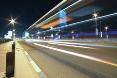 Exposición larga para el camino en noche Fotos de archivo libres de regalías