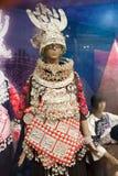 Exposição da roupa de Hmong em Guizhou, China Fotos de Stock Royalty Free