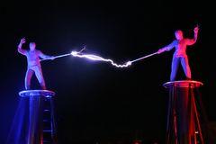 Exposition électrique, la bobine de Tesla électrique images libres de droits