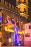 Exposition étonnante de lumière de Noël sur les rues de Faenza, Italie Image libre de droits