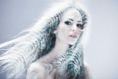 Exposition de beauté de femme double images libres de droits