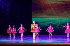 Exposition de enseignement de évaluation Jiangxi d'accomplissement d'enfants d'essai de bonne d'amis de Pékin académie de danse d Photo stock