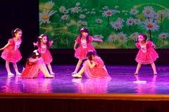 Exposition de enseignement de évaluation Jiangxi d'accomplissement d'enfants d'essai de bonne d'amis de Pékin académie de danse d Photos libres de droits
