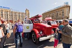 Exposition de l'équipement spécial des pompiers et des appareils auxiliaires Photographie stock