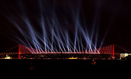 Exposition de laser chez Bosporus, Istanbul Photo stock