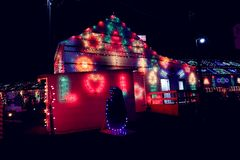Exposition de lumière de village de Noël Photos libres de droits
