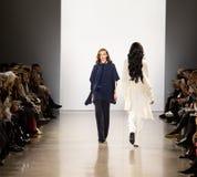 Exposition de piste de Zang Toi FW19 en tant qu'élément là de Fashion Week de New-York image libre de droits