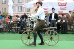 Exposition historique de bicyclette Images stock