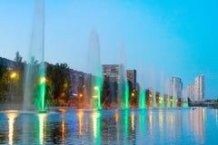 Exposition Kiev de lumière de musique de fontaines photographie stock libre de droits