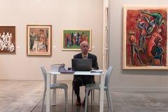 Expositor en Miart 2014 en Milán, Italia imagen de archivo libre de regalías