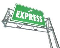 Exprese el camino rápido rápido Si del verde de la autopista sin peaje del viaje del tráfico del servicio Imagen de archivo