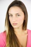 Expresión femenina fuerte del adolescente hermoso Foto de archivo libre de regalías