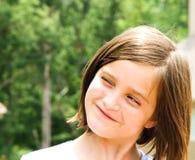 Expresión linda de la chica joven imagenes de archivo