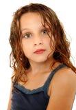 Expresión loca del niño adorable de la muchacha imagen de archivo