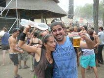 Expressão alegre em um festival de música imagens de stock royalty free