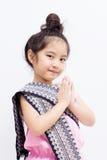 Expressão asiática Sawasdee da boa vinda da criança de Liitle Fotos de Stock Royalty Free