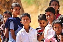 Expressões de crianças pobres indo da escola na Índia fotografia de stock royalty free