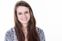 Expressões de sorriso naturais da mulher no fundo branco imagens de stock