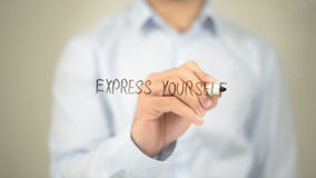 Expresse-se, escrita do homem na tela transparente Fotos de Stock