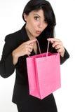 Expressieve vrouw met het winkelen zak stock afbeeldingen