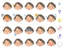 Expression du visage de 20 genres de femme supérieure illustration stock