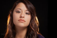 Expression sensuelle de jeune femme ethnique multi Image libre de droits
