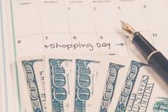 Exprime la vente grande écrite sur un calendrier Image stock