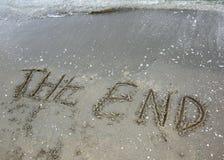 Exprimez l'extrémité écrite sur le sable photographie stock