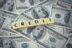 Exprimez le crédit sur le fond américain d'argent du dollar photo stock