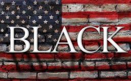 Exprimez le noir sur le drapeau américain, fond de mur de fente photographie stock libre de droits