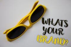 Exprimez le texte d'écriture ce qui est votre question de marque Le concept d'affaires pour s'enquérir de la publicité de slogan  photographie stock libre de droits