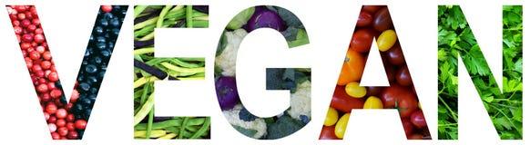 Exprimez le vegan présenté à des fruits et légumes multicolores colorés Concept sain de nourriture Produit végétarien P cru organ photo stock