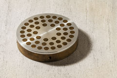 Expulsent le bronze en acier Photographie stock