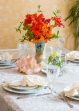 Exquisitely decorated summer time dinner table setting. Stock Image