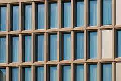 Extérieur d'immobiliers - façade moderne de bâtiment d'architecture - photos libres de droits