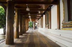 Extérieur de l'église ou de l'ubosot au temple de Wat Phanan Choeng Photos libres de droits