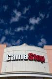 Extérieur de magasin de GameStop Images stock