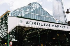 Extérieur de marché de ville à Londres, Angleterre image libre de droits
