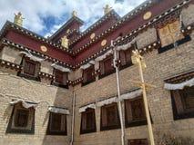 Extérieur de temple images libres de droits